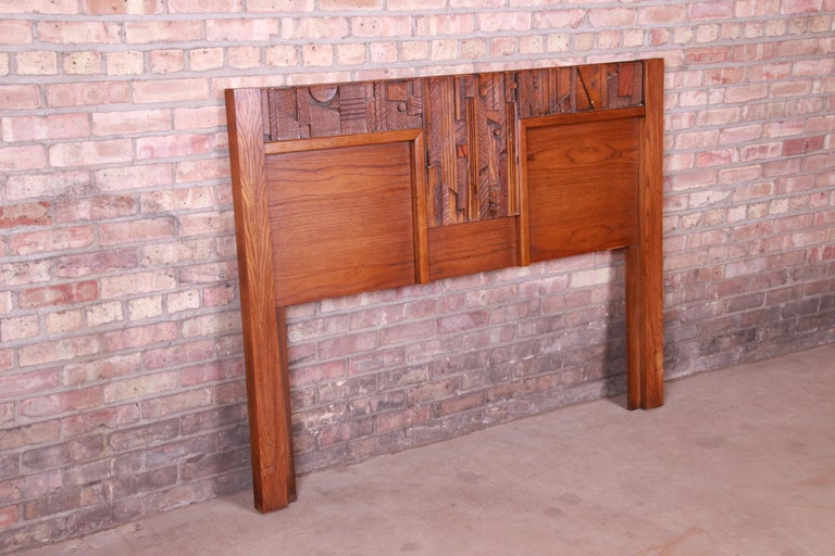 Mid-Century Modern Paul Evans Style Lane Pueblo Brutalist Oak Queen Size Headboard, 1970s For Sale