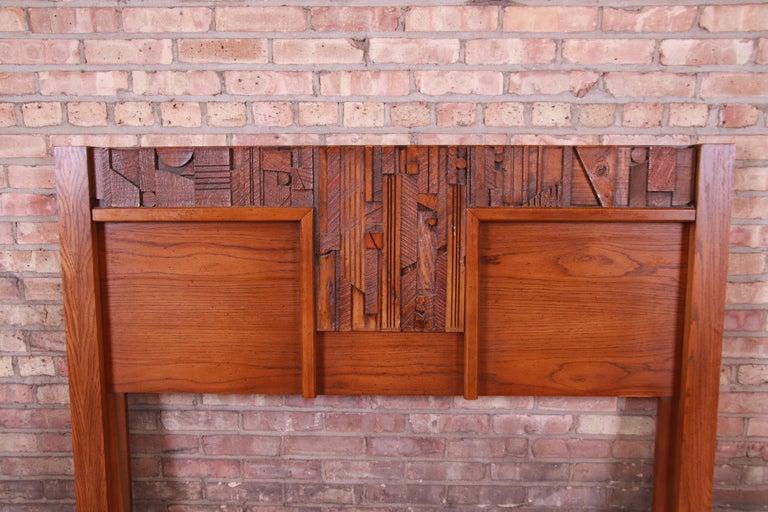 American Paul Evans Style Lane Pueblo Brutalist Oak Queen Size Headboard, 1970s For Sale