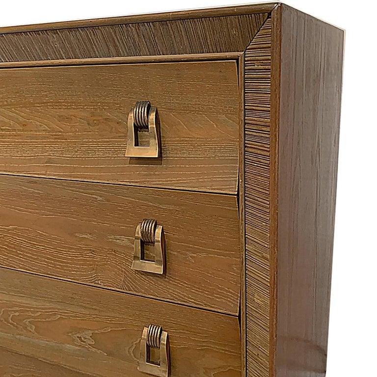 Mid-Century Modern Paul Frankl / Brown Saltman Cerused & Combed Oak w. Brass Pulls 8 Drawer Dresser For Sale