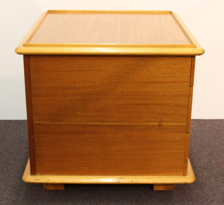 Paul Frankl for Johnson Furniture Modern 'Station Wagon' Nightstands In Good Condition For Sale In New York, NY