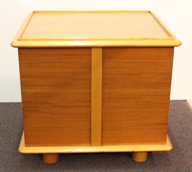 Mid-20th Century Paul Frankl for Johnson Furniture Modern 'Station Wagon' Nightstands For Sale