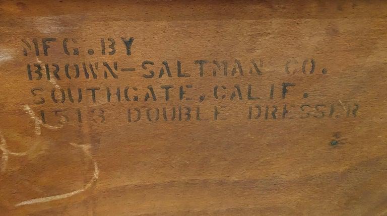 Paul Frankl Mid Century Eight-Drawer Oak Dresser for Brown-Saltman For Sale 2