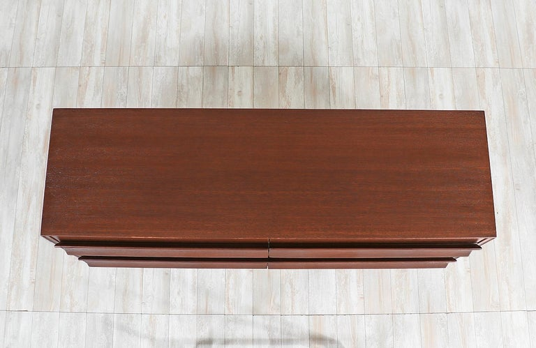 Stained Paul Laszlo 8-Drawer Dresser for Brown Saltman For Sale