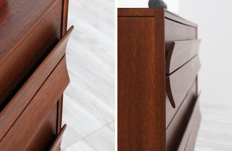 Paul Laszlo 8-Drawer Dresser for Brown Saltman For Sale 1