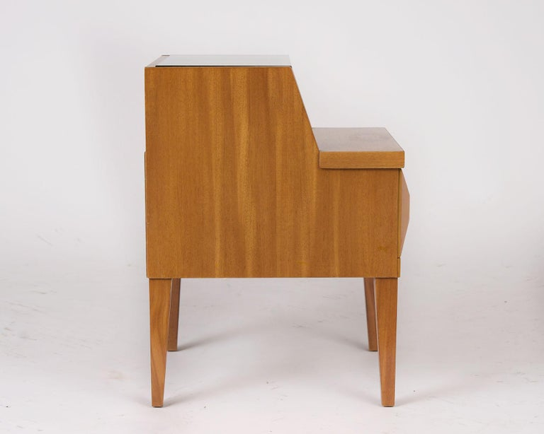 Paul Laszlo Side Table In Good Condition For Sale In Los Angeles, CA