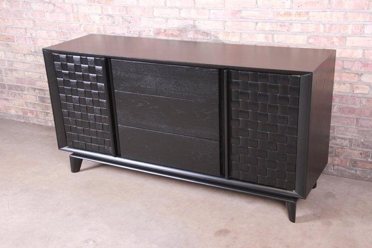 Mid-Century Modern Paul Laszlo for Brown Saltman Ebonized Sideboard Credenza, Newly Refinished For Sale