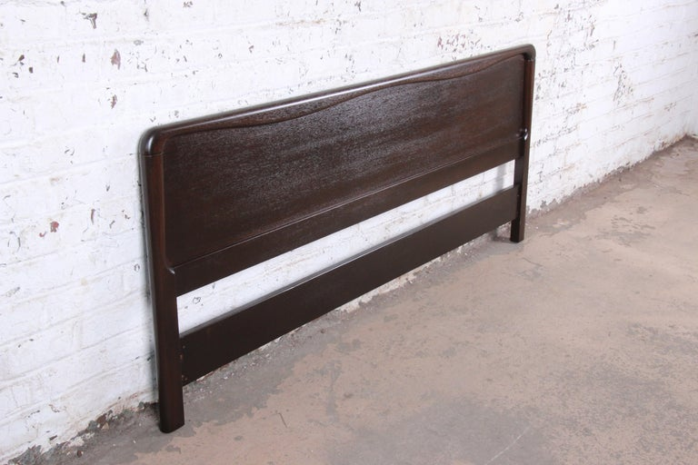 Mid-20th Century Paul Laszlo for Brown Saltman Mahogany King Size Headboard, Newly Refinished For Sale