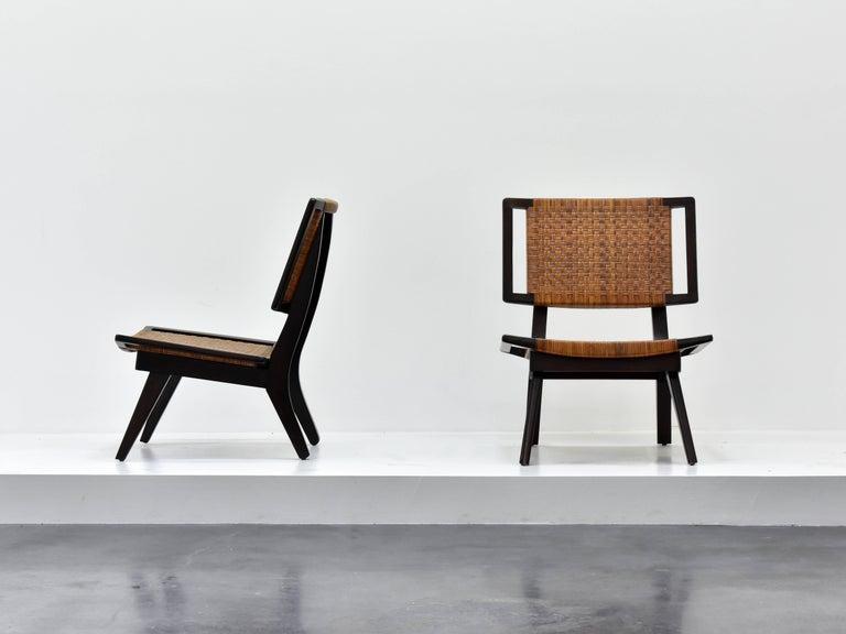 Mid-Century Modern Paul László Style Lounge Chairs, Woven Rattan, Dark Wood, California, 1950s For Sale