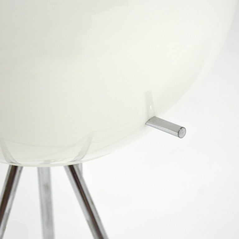 Paul Mayan Sputnik Table Lamp by Habitat In Good Condition For Sale In Highland, IN