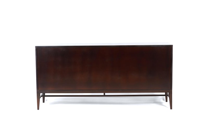 Paul McCobb 8-Drawer Dresser for Calvin Furniture In Excellent Condition For Sale In Chicago, IL