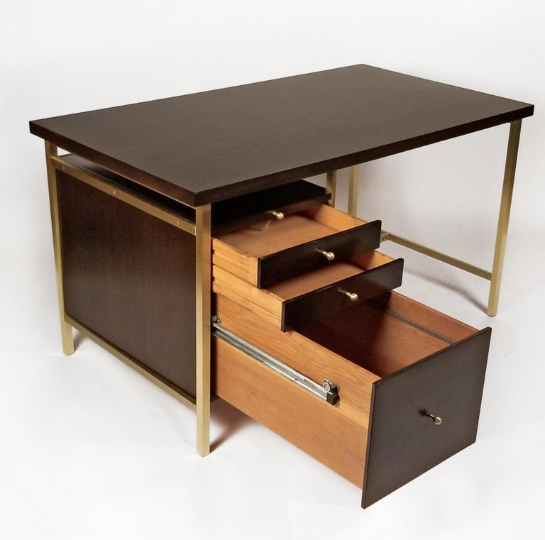 Mid-Century Modern Paul McCobb Brass & Mahogany Desk for the Connoisseur Collection H. Sacks & Sons For Sale