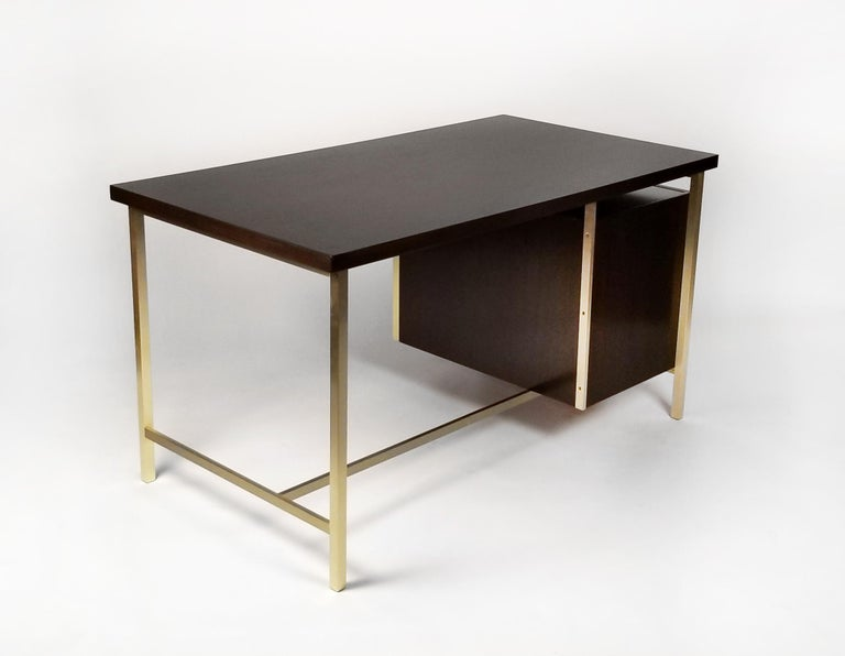 Paul McCobb Brass & Mahogany Desk for the Connoisseur Collection H. Sacks & Sons In Excellent Condition For Sale In Dallas, TX