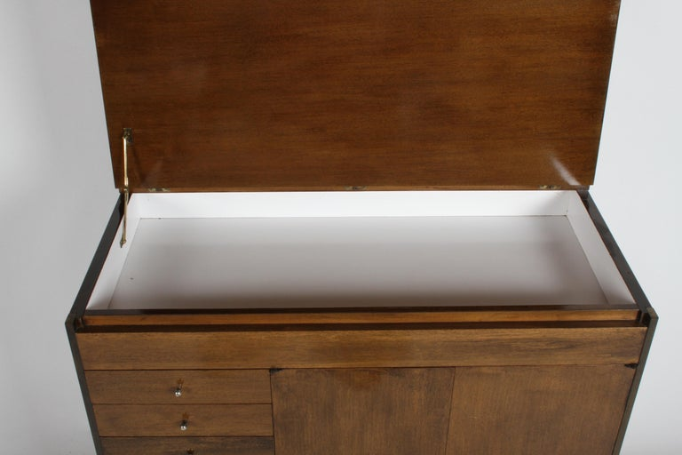 Mid-Century Modern Paul McCobb Connoisseur Collection Dry Bar or Server For Sale