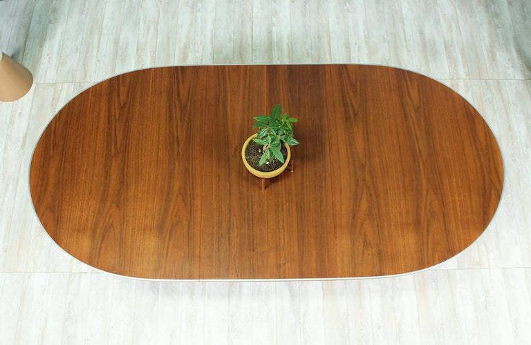 "Paul McCobb ""Connoisseur"" Dining Table for H. Sacks & Sons For Sale 4"