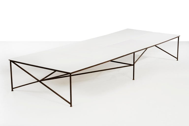 Paul McCobb Display or Cocktail Table In Good Condition For Sale In Chicago, IL