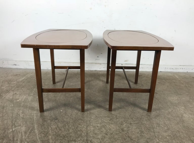 Paul McCobb End Tables Perimeter Group for Winchendon Furniture Co. 1950 In Good Condition For Sale In Buffalo, NY