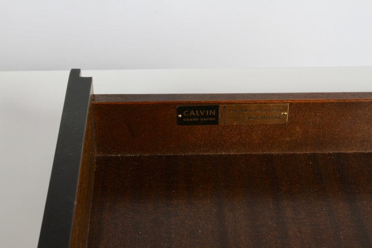 Paul McCobb for Calvin Console Table with White Vitrolite Top and Brass Frame For Sale 2