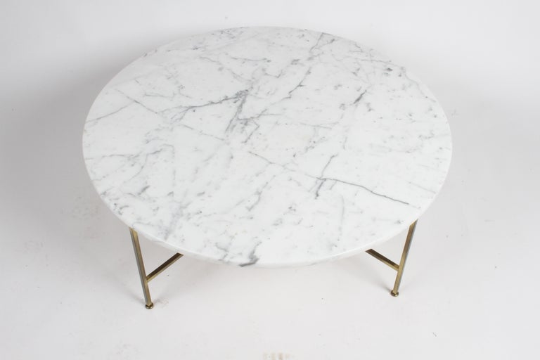 American Paul McCobb for Calvin Furniture Round Calacatta Marble Top & Brass Coffee Table For Sale