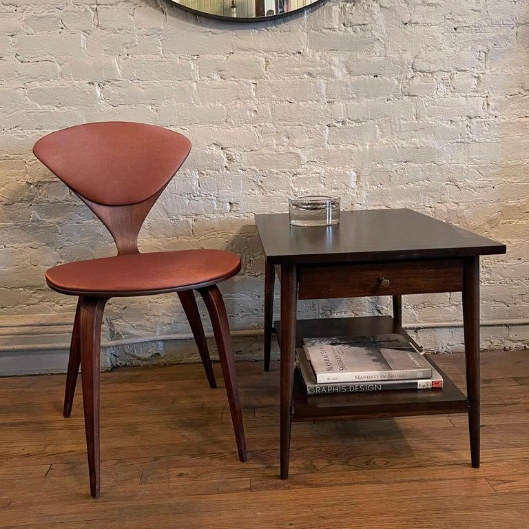 Mid-Century Modern Paul McCobb For Planner Group Ebonized Side Table