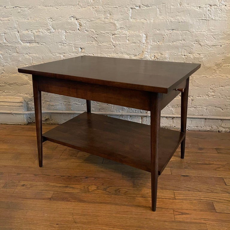 Paul McCobb For Planner Group Ebonized Side Table In Good Condition In Brooklyn, NY