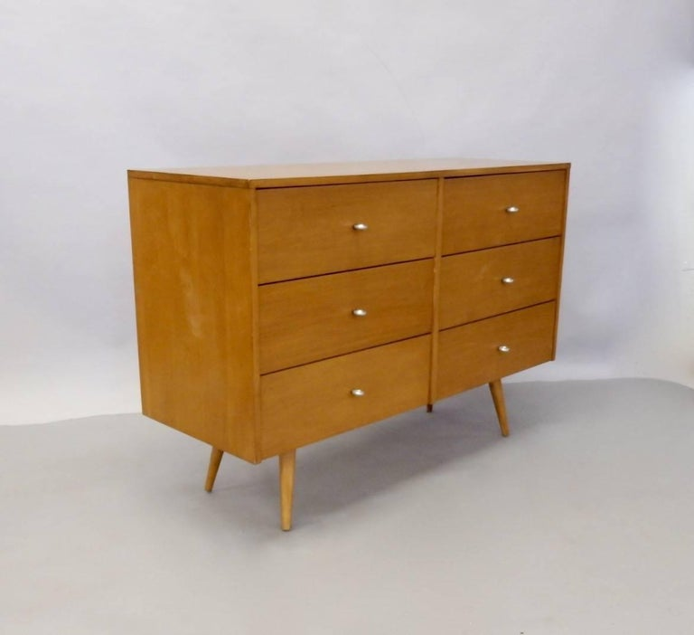 Paul McCobb for Winchendon Original Finish Planner Group Double Dresser In Good Condition For Sale In Ferndale, MI