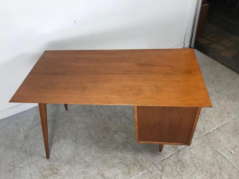Paul McCobb Maple Planner Group Desk For Sale 3