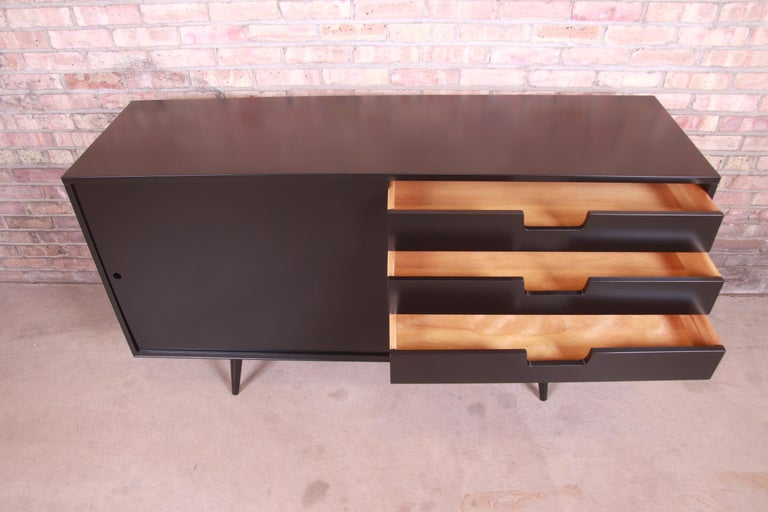 Paul McCobb Planner Group Black Lacquered Sideboard Credenza, Newly Refinished For Sale 4