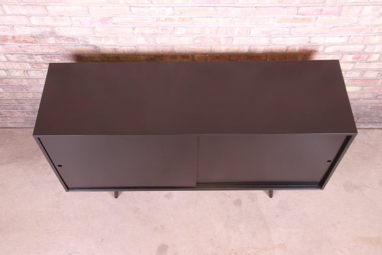 Maple Paul McCobb Planner Group Black Lacquered Sideboard Credenza, Newly Refinished For Sale