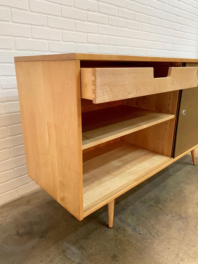 Paul McCobb Planner Group Cabinet with Original Grasscloth Doors For Sale 8