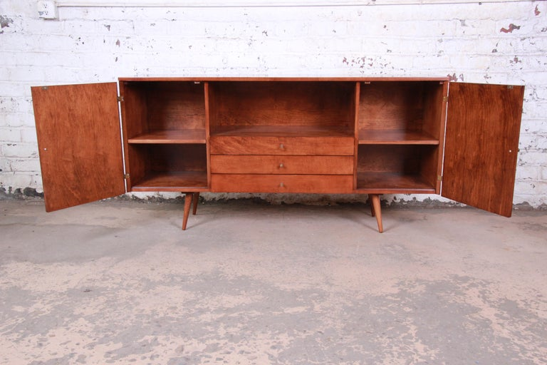 Paul McCobb Planner Group Credenza or Media Cabinet, Newly Refinished In Good Condition For Sale In South Bend, IN