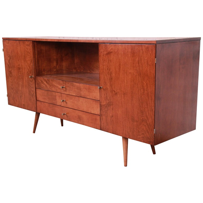 Paul McCobb Planner Group Credenza or Media Cabinet, Newly Refinished For Sale