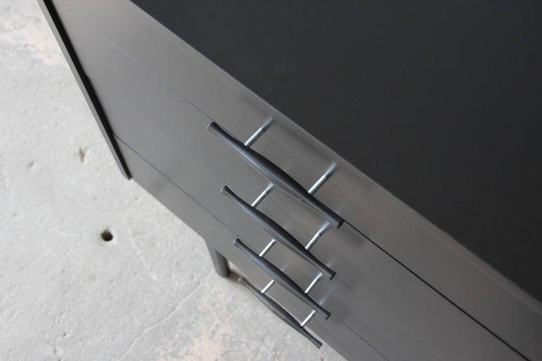 Paul McCobb Planner Group Ebonized Eight-Drawer Dresser or Credenza For Sale 2