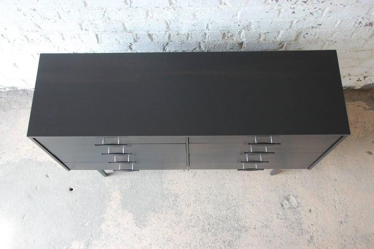 Paul McCobb Planner Group Ebonized Eight-Drawer Dresser or Credenza For Sale 3