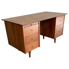 Paul McCobb Planner Group for Winchendon Double Pedestal Maple Desk