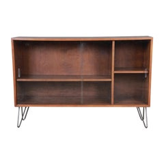 Paul McCobb Planner Group Mid-Century Modern Glass Front Bookcase, 1950s