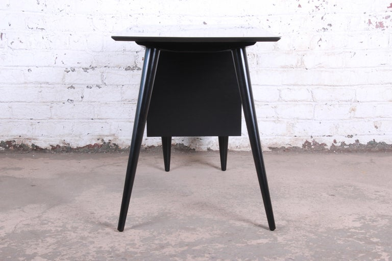 Paul McCobb Planner Group Midcentury Black Lacquered Writing Desk, Restored For Sale 4