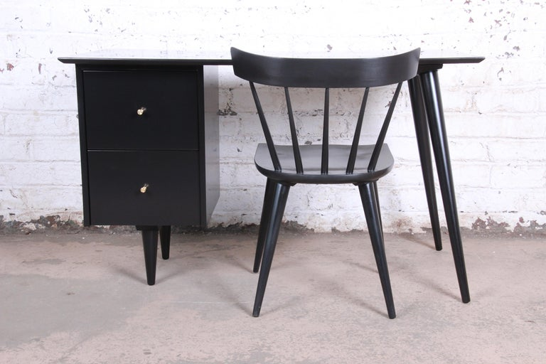 Paul McCobb Planner Group Midcentury Black Lacquered Writing Desk, Restored For Sale 6