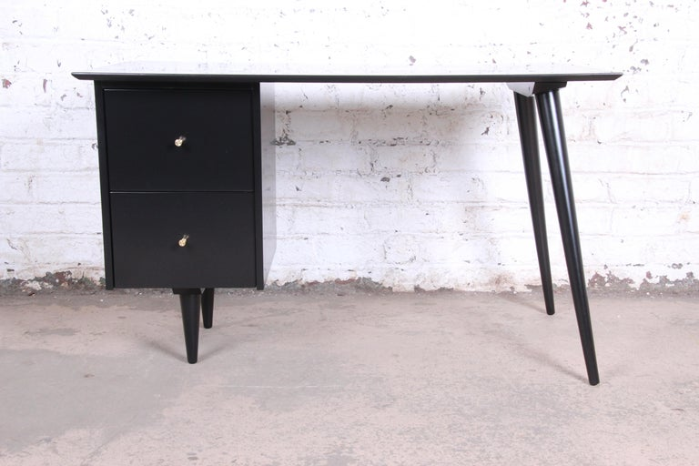 An exceptional Minimalist Mid-Century Modern writing desk