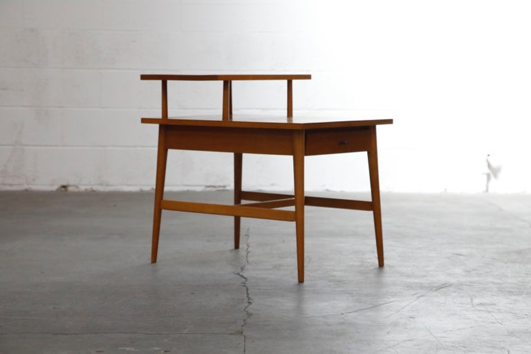 American Paul McCobb Planner Group Side Table or Nightstand for Winchedon, circa 1950 For Sale