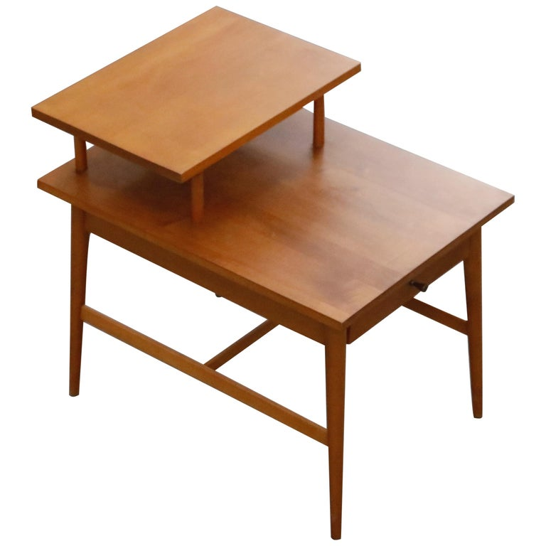 Paul McCobb Planner Group Side Table or Nightstand for Winchedon, circa 1950 For Sale