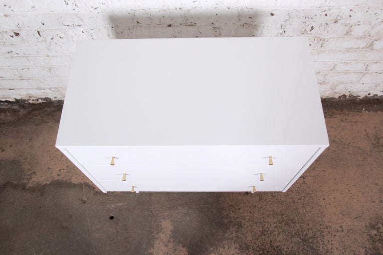 Paul McCobb Planner Group White Lacquered Chest or Large Nightstand, Restored For Sale 1