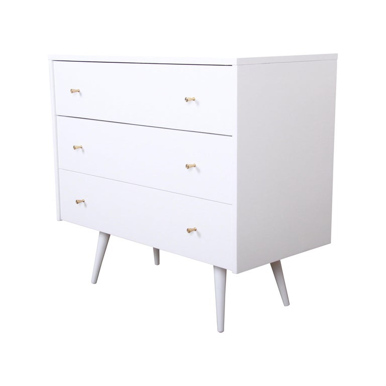 Paul McCobb Planner Group White Lacquered Chest or Large Nightstand, Restored For Sale