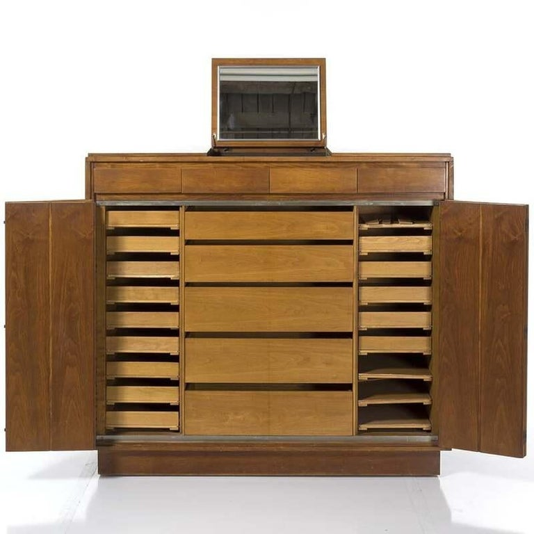 Paul McCobb Walnut Gentleman's Chest, circa 1960s In Fair Condition For Sale In New York, NY