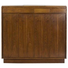 Paul McCobb Walnut Gentleman's Chest, circa 1960s
