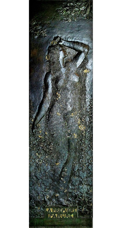 Paul Moreau-Vauthier Nude Sculpture - La Première Parure (Eve) -- Art Nouveau oversized bas-relief