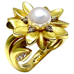 Paul Morelli Cultured Pearl and Diamond 18 Karat Daisy Flower Ring