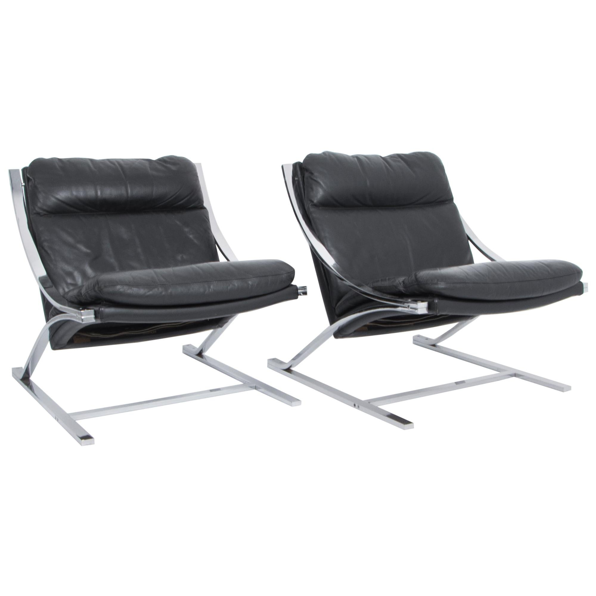 Paul Tuttle Black Leather Zeta Lounge Chairs for Strassle, a Pair