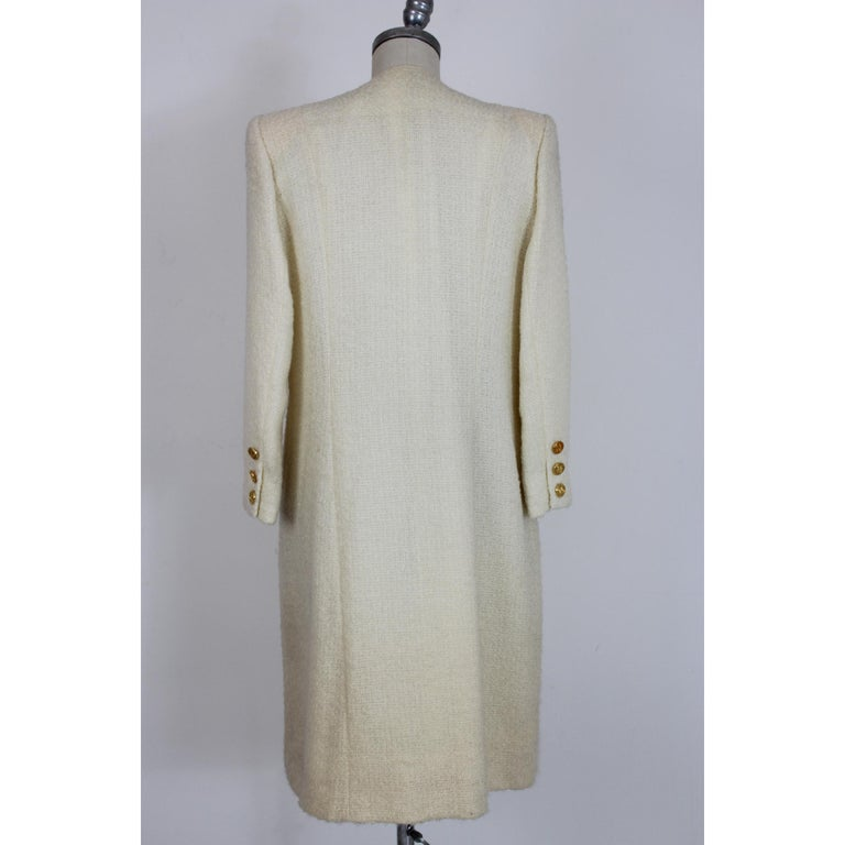 Paula Klein White Wool Matelasse Long Evening Coat 1980s  In Good Condition For Sale In Brindisi, Bt