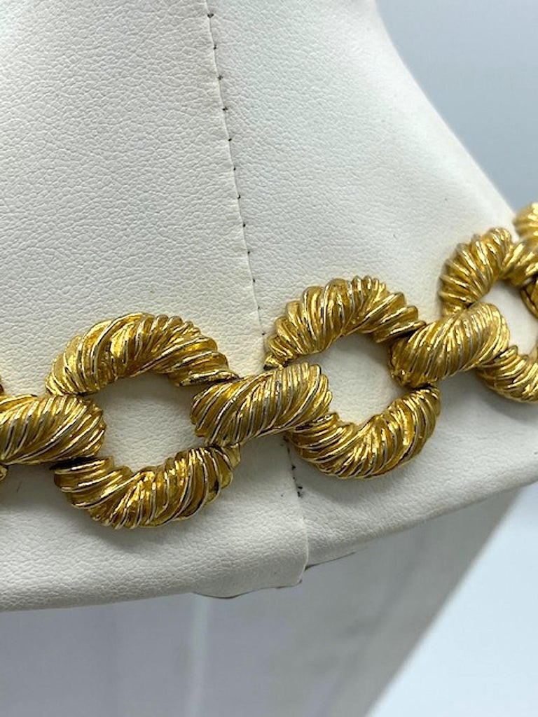 Pauline Rader 1970s Long Gold Rope Link Pendant Necklace For Sale 6