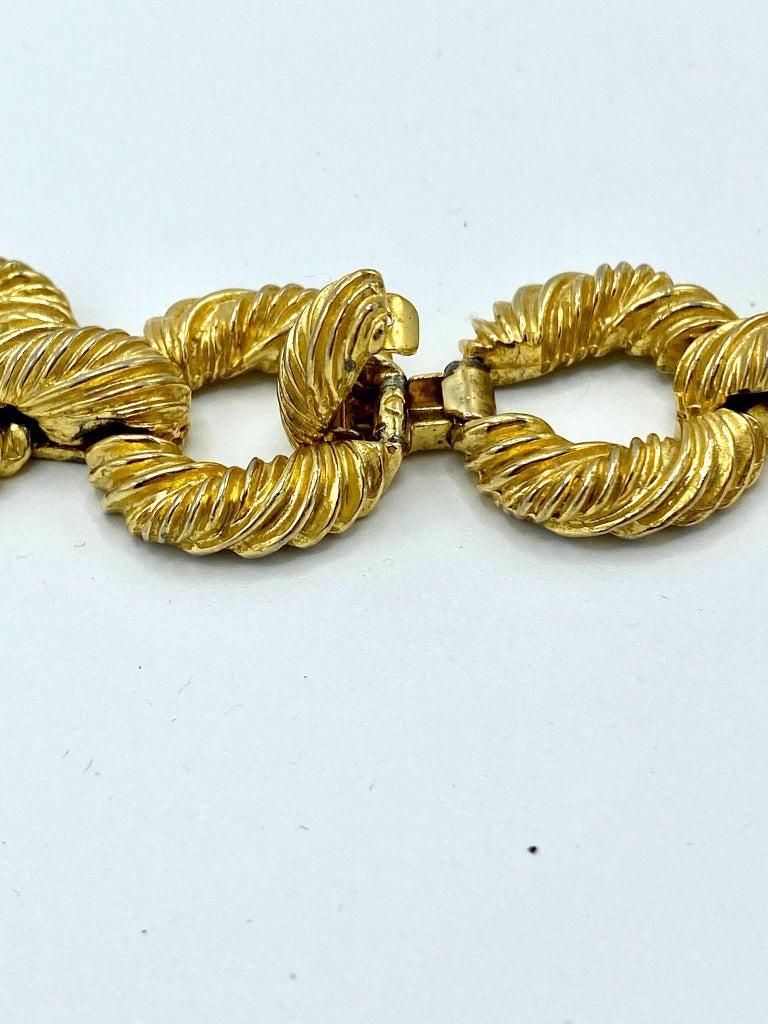 Pauline Rader 1970s Long Gold Rope Link Pendant Necklace For Sale 9
